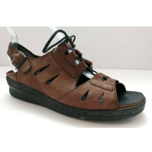 d7068ee15f2 Birkenstock Shoes - Womens Birkenstock 39 Tatami Brown Sandal Leather